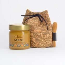 Cork gift bag with honey